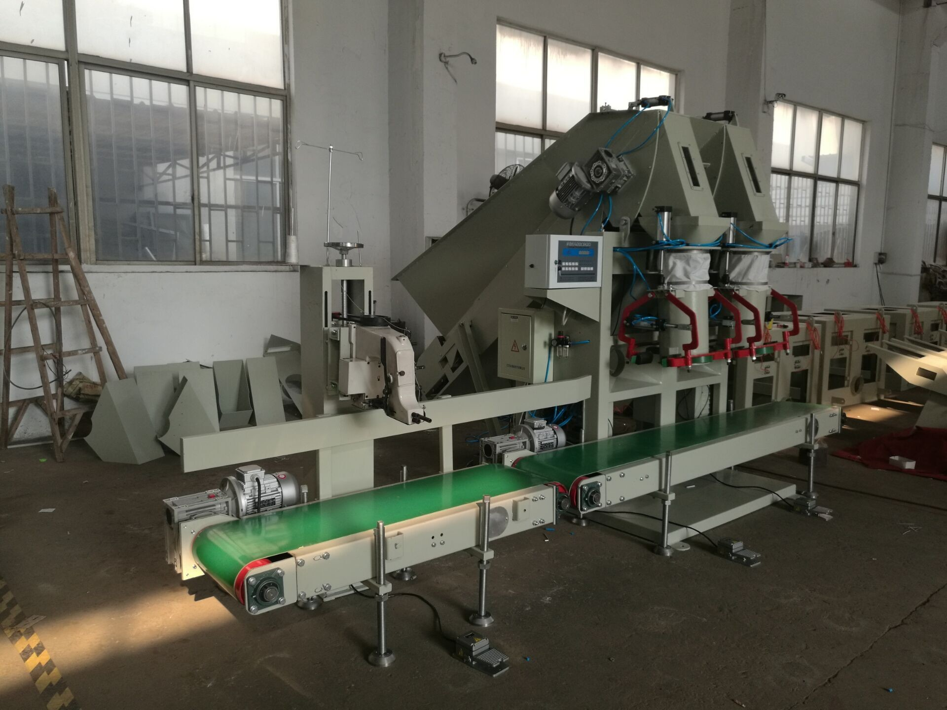 High Capacity Potato Bagging Machine For Onion / Apple / Potato Packing